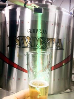 Cerveja Invicta